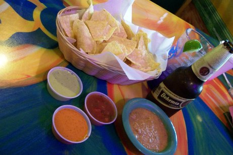 Salsas_and_beer