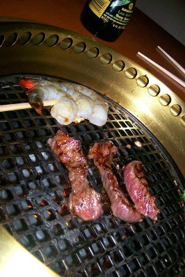 Grilled_meat_and_shrimp
