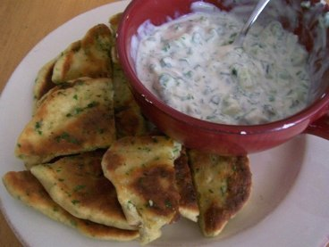 Flatbread_and_raita
