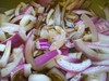 Pickled_onions_complete
